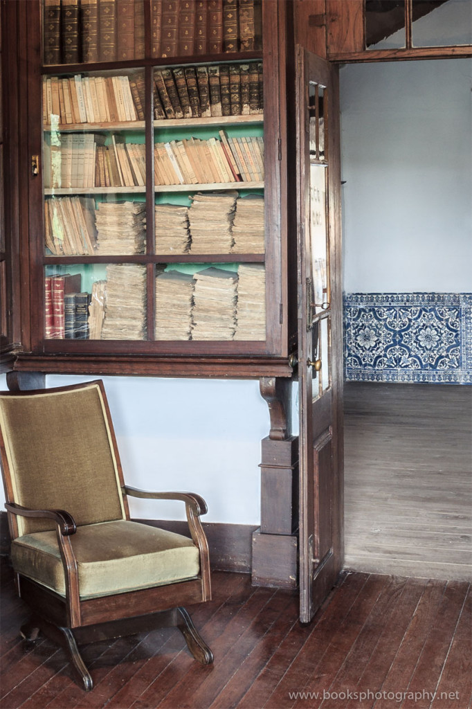 Books and Azulejos (2nd image)